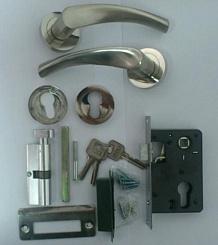 "Комплект аксесоари за интериорна врата – тип ""розетка"""