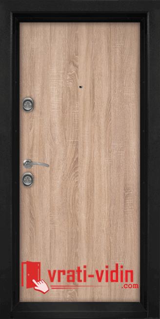 Блиндирана входна врата Т902